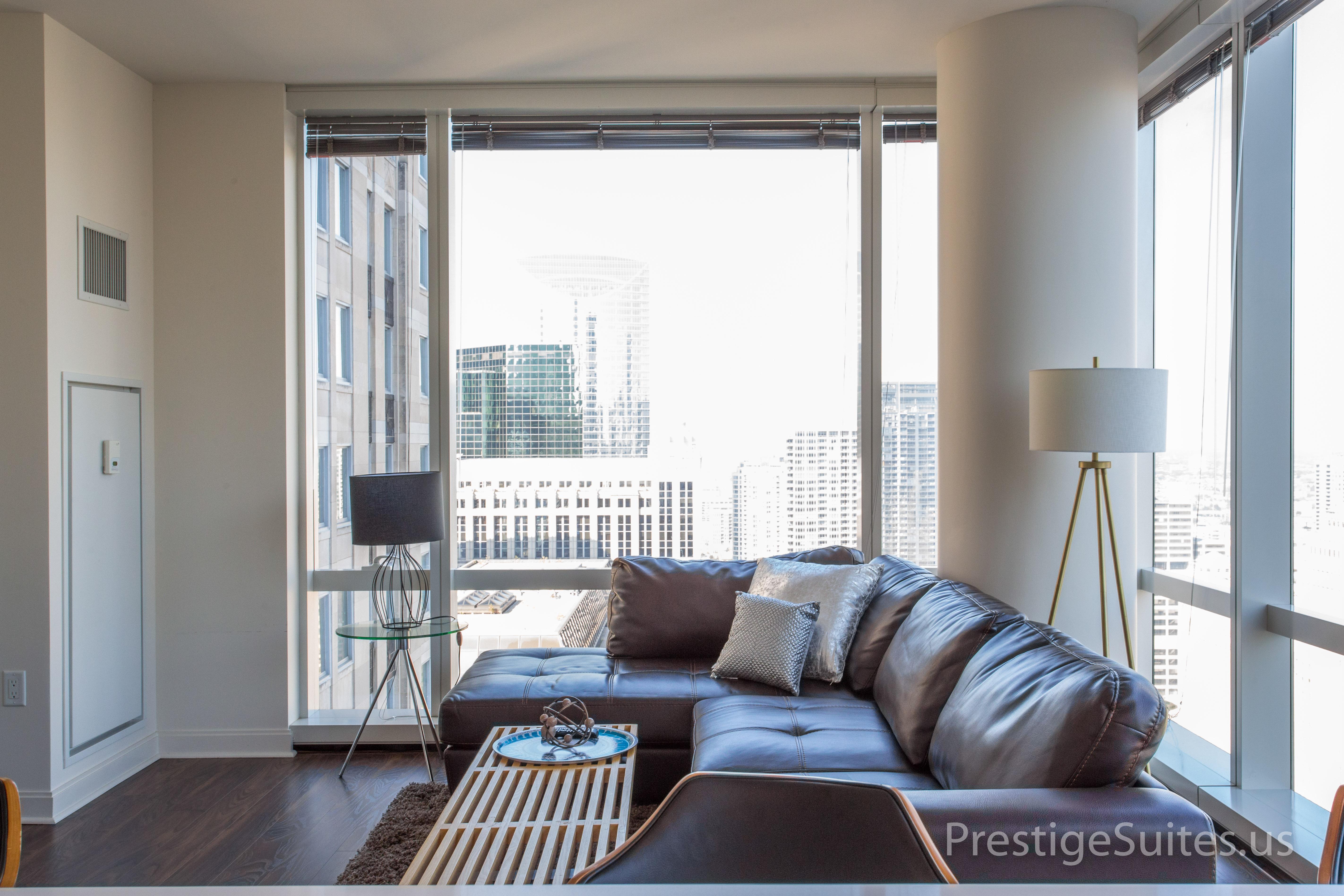 Prestige Suites 111 W Wacker 3904_014