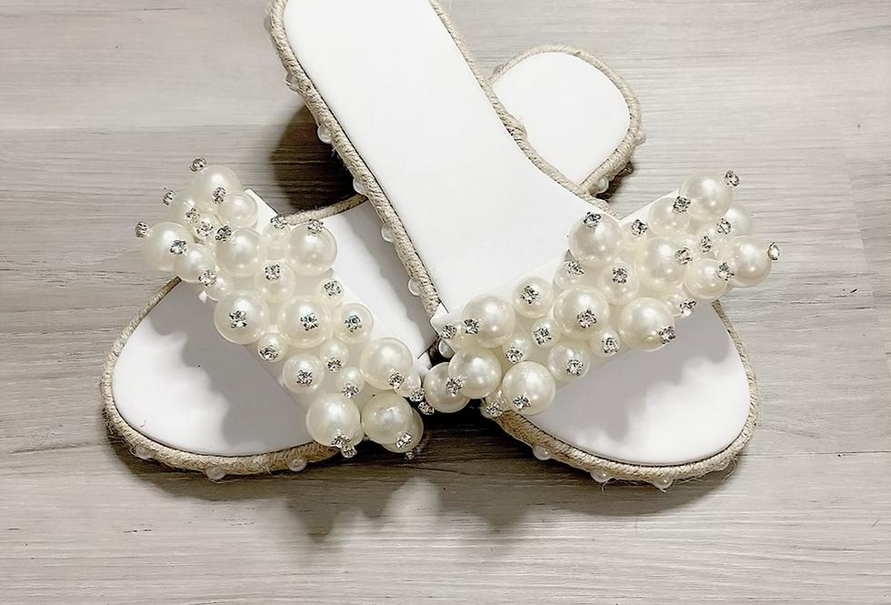 Pretty Pearl Sandals