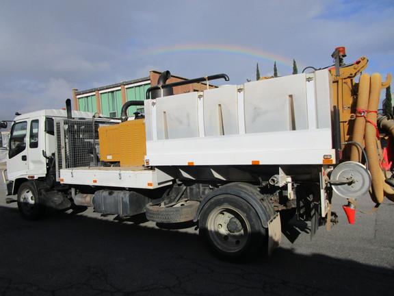 vacuum truck hire adelaide (3).JPG