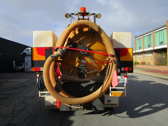 vacuum truck hire adelaide (4).JPG
