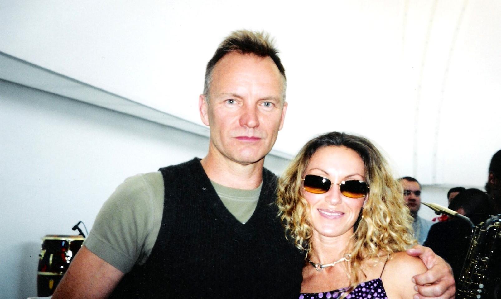 Sting y Sara Raya