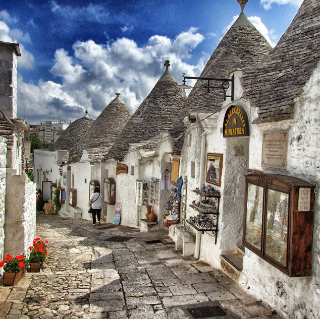 love touring valle d'itria trulli-in-pug