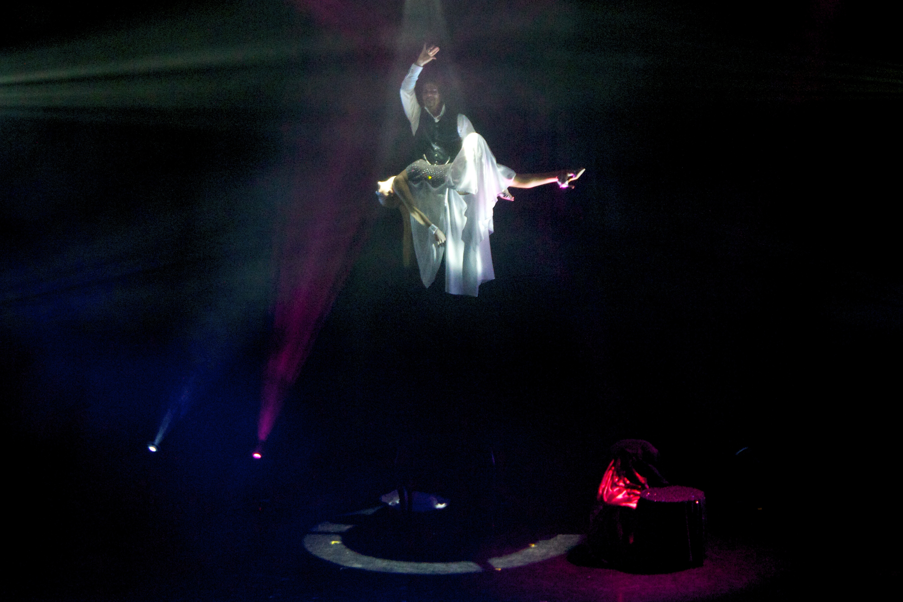 Cripton and Renata Levitation.jpg