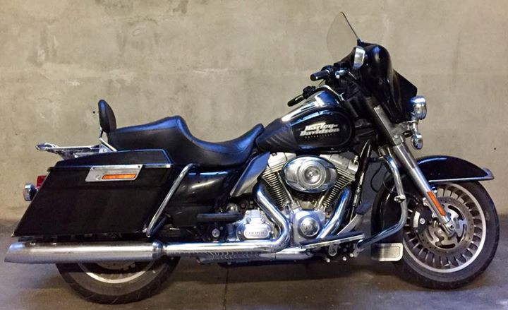 HARLEY DAVIDSON TOURING ELECTRA GLIDE, full Optional, 2010, 13.000km...IMPECCABILE!!! Torino € 15.900