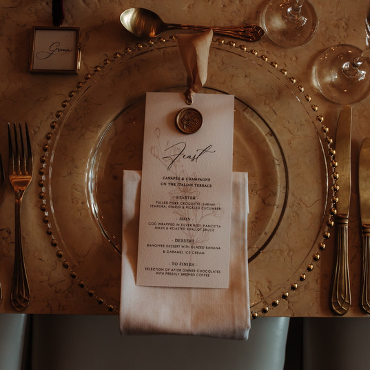 minimal menu with silk ribbon