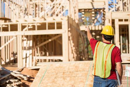 Der verzweifelte Kampf gegen die Preisexplosion am Bau