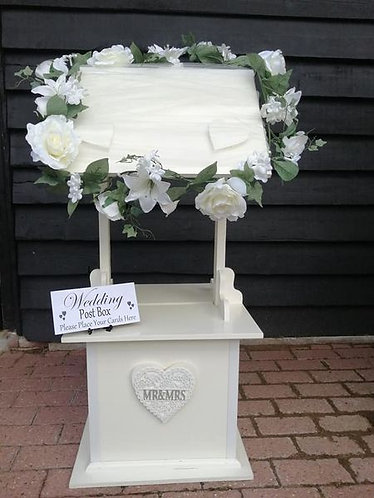 Wishing Well Post Box - hire from