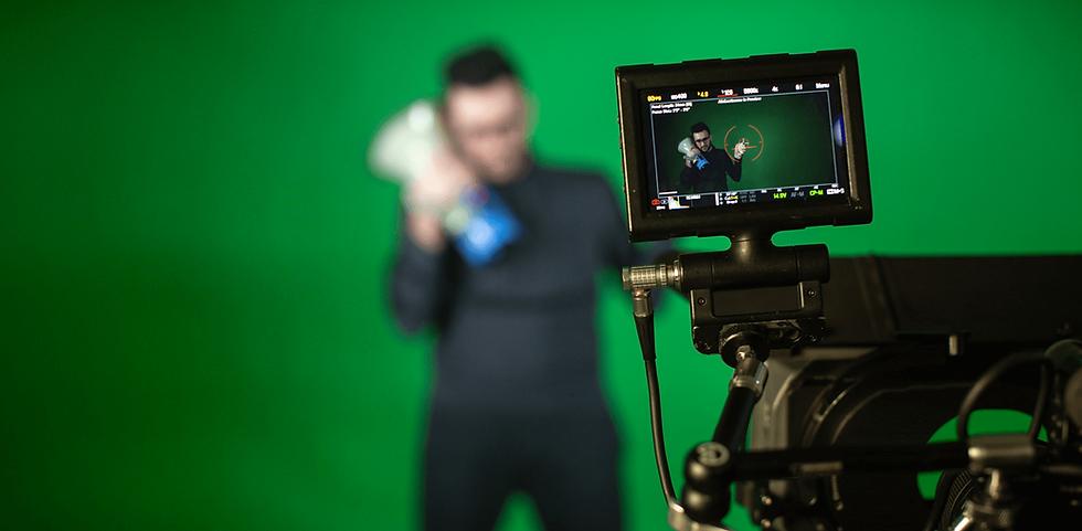 camera-man-shoots (1).png