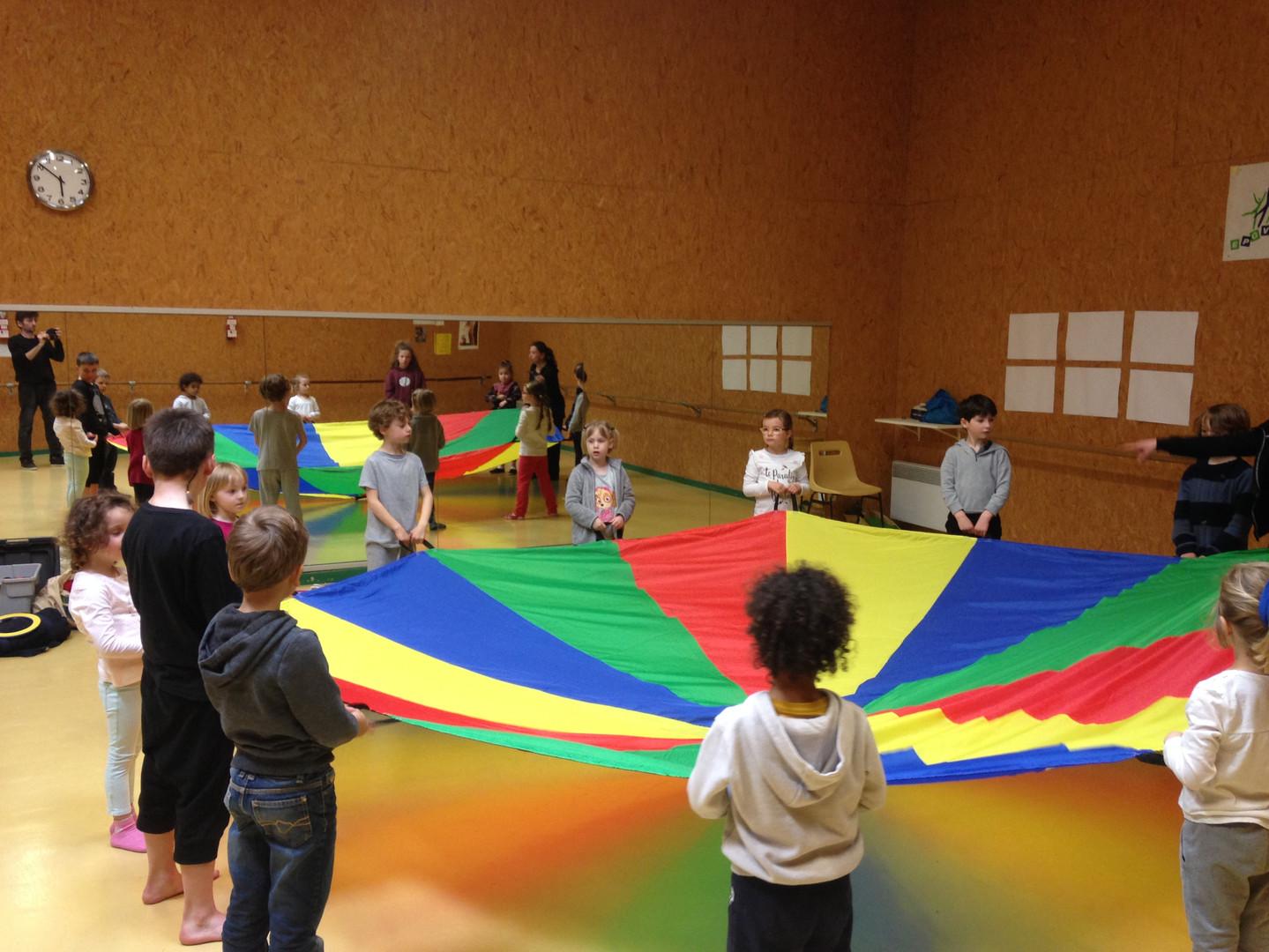 Cirque ekimoz salle3