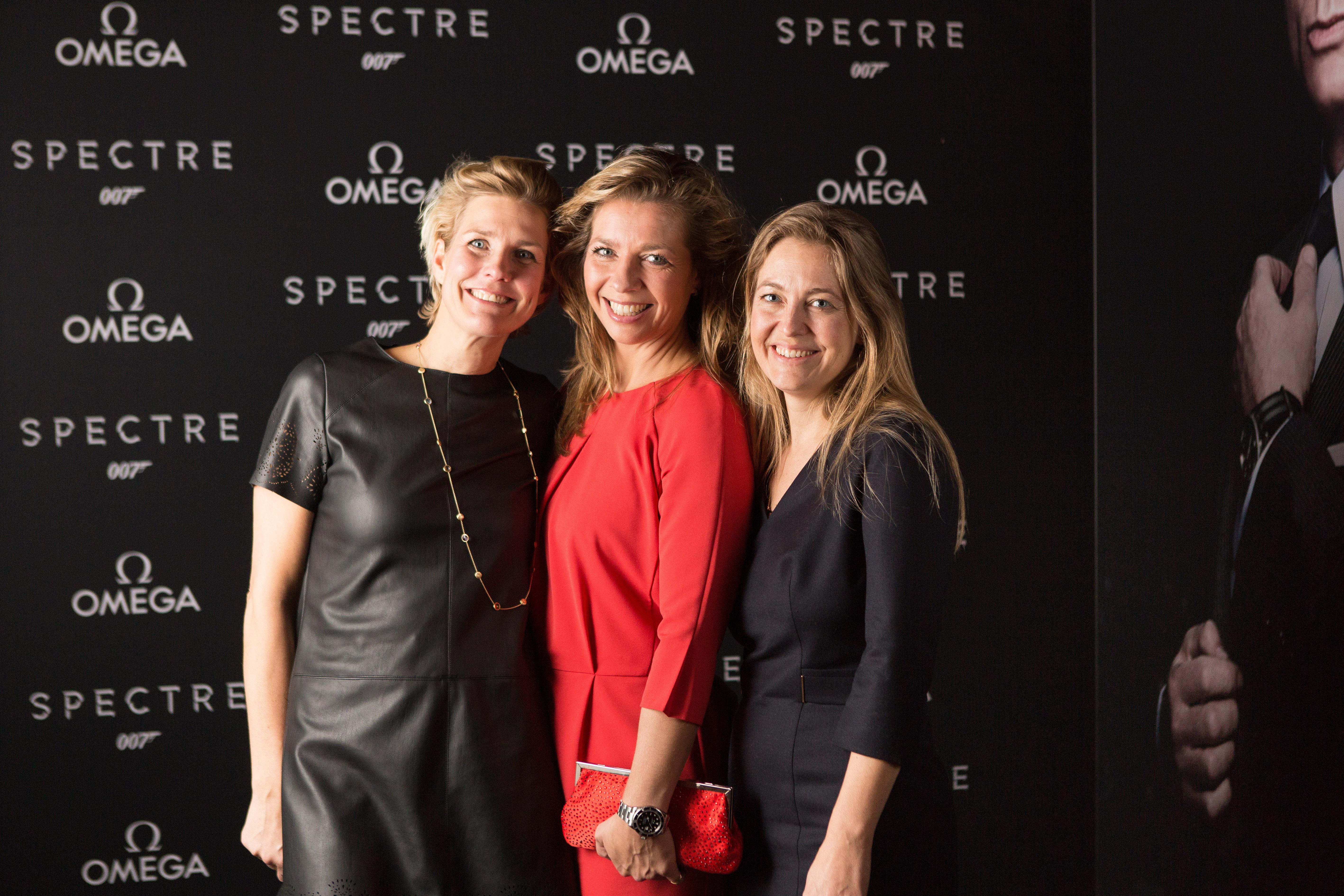 spectre-omega wall-33
