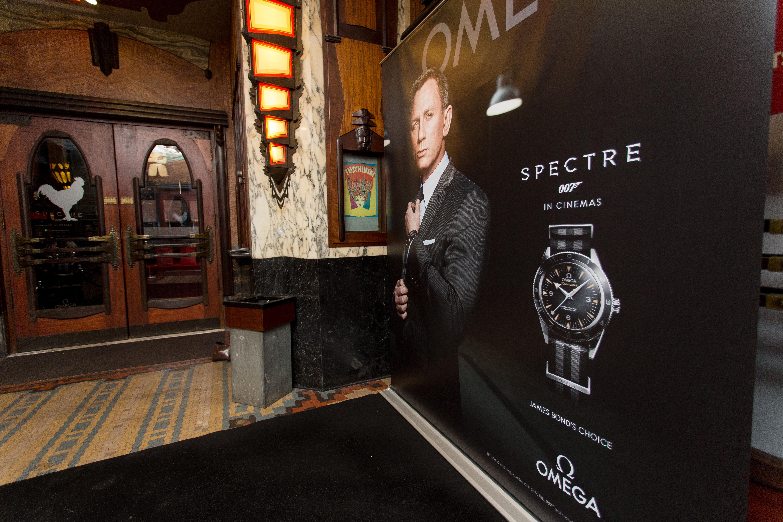 spectre-omega wall-235