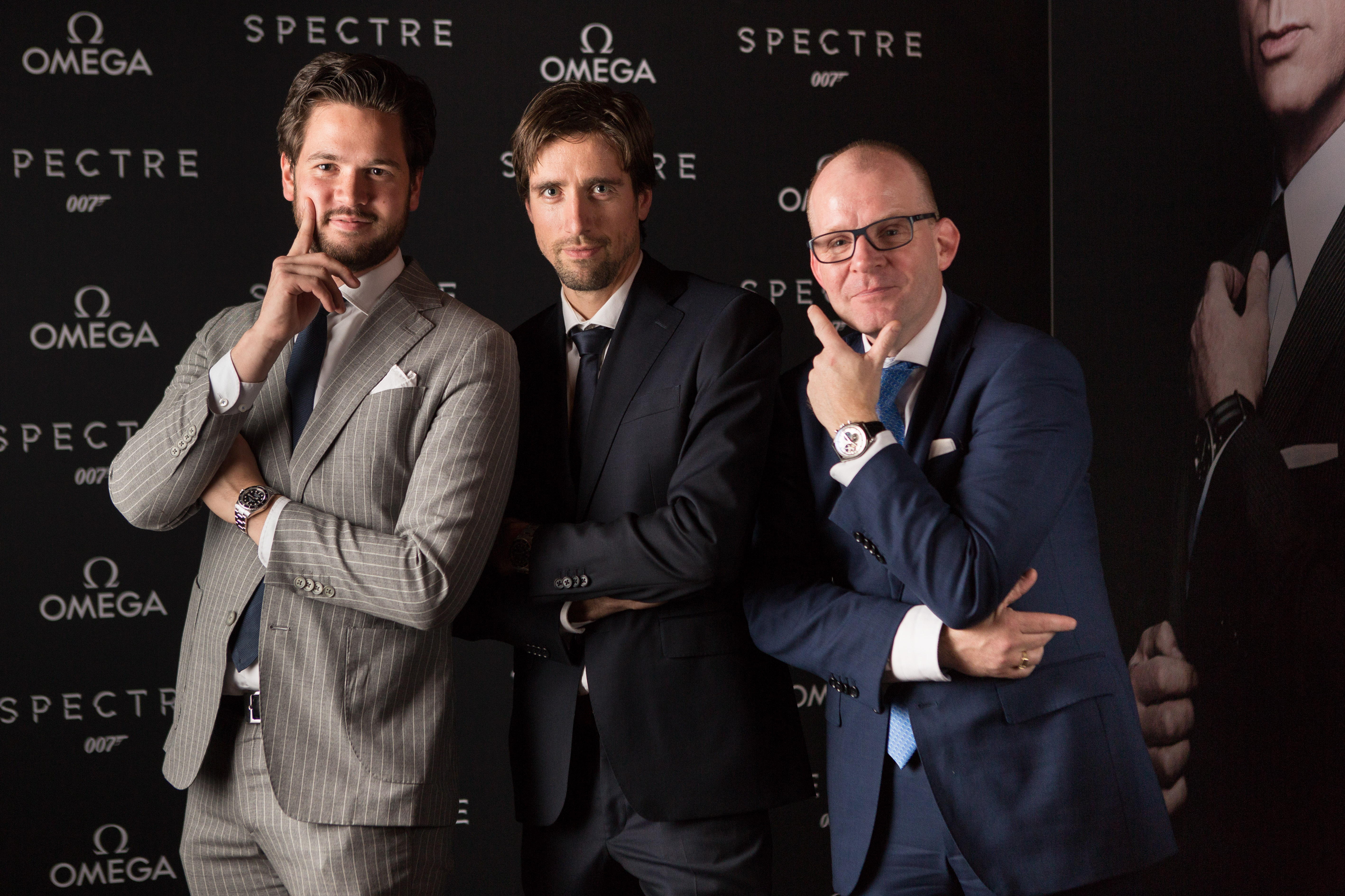 spectre-omega wall-40