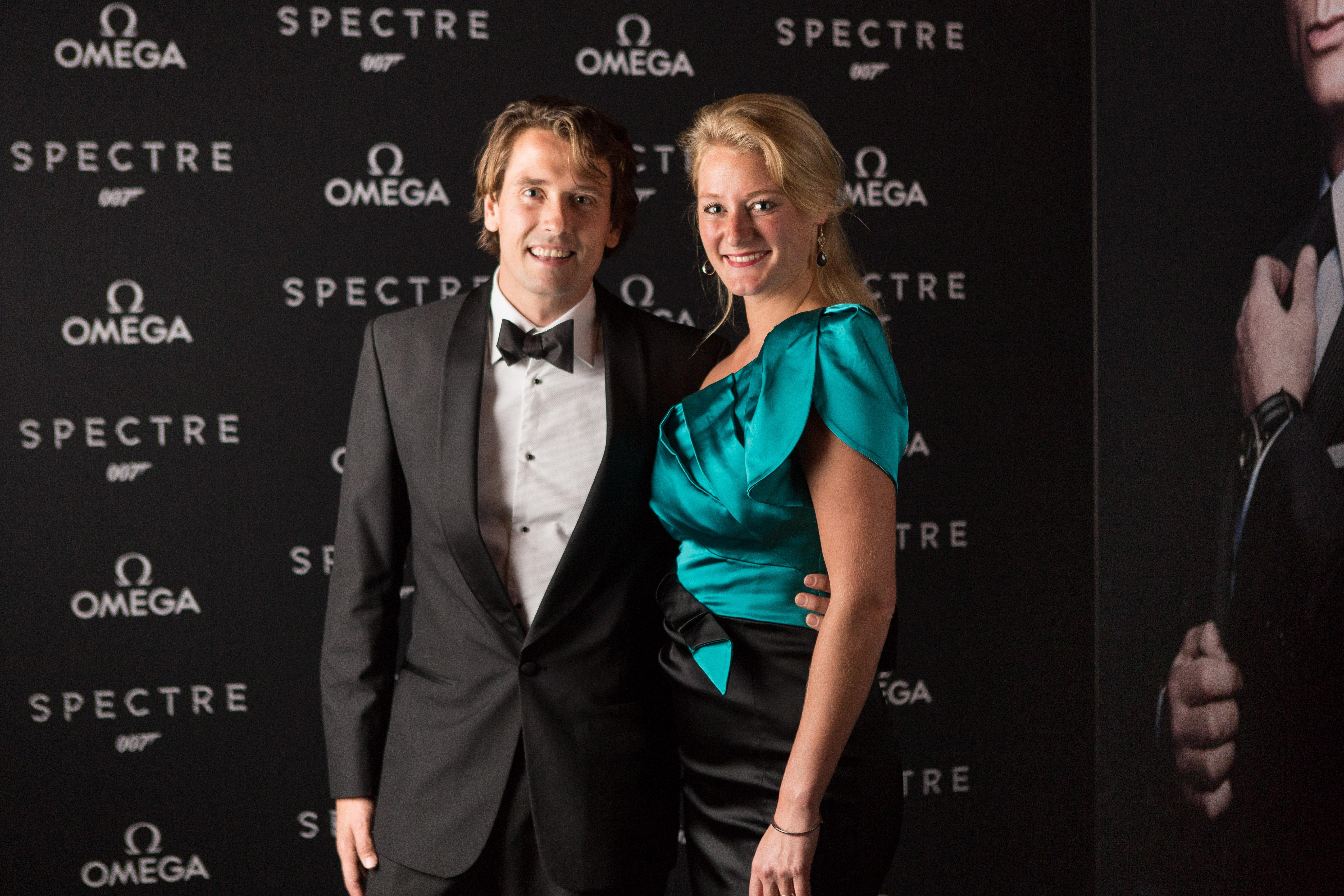 spectre-omega wall-32