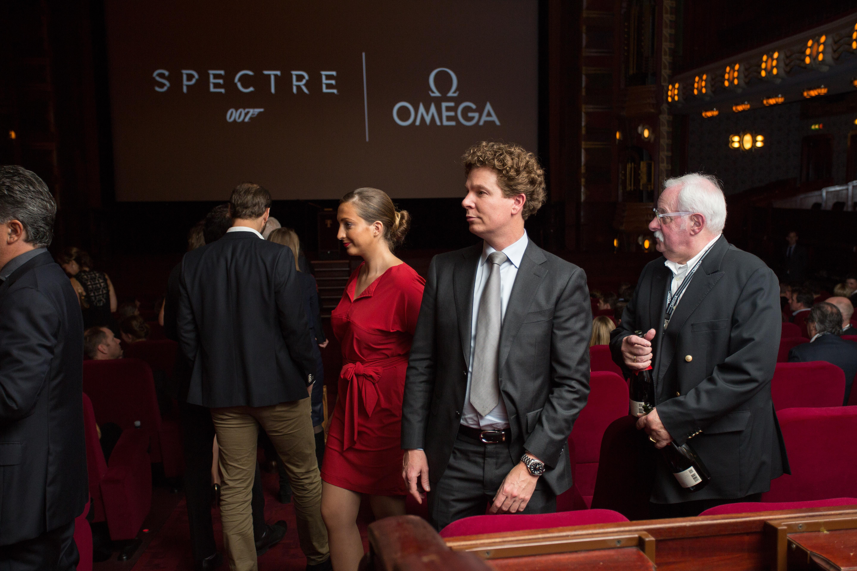 spectre-omega wall-222