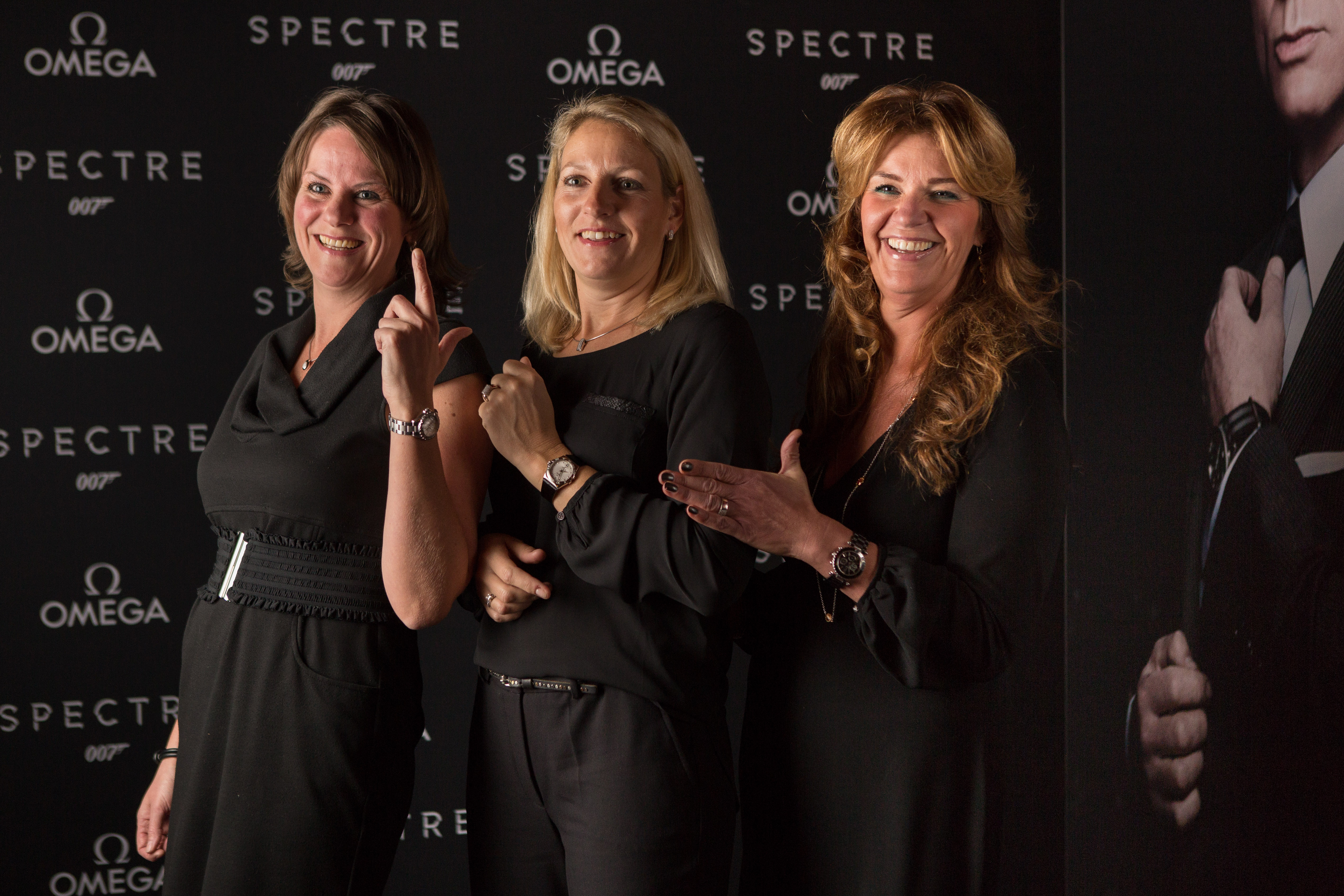 spectre-omega wall-23