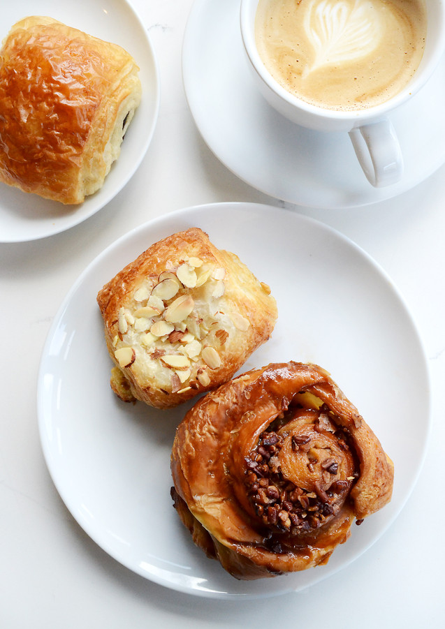 Latte & Iggy's Pastries