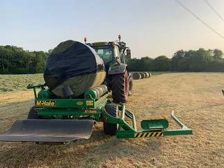 Baling_wrapping_JCroftContracting.jpg