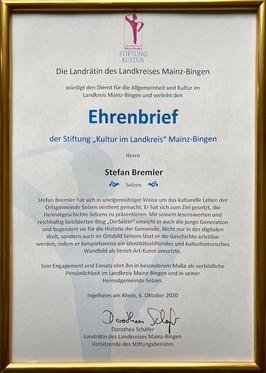Ehrenbrief der Landrätin.jpg