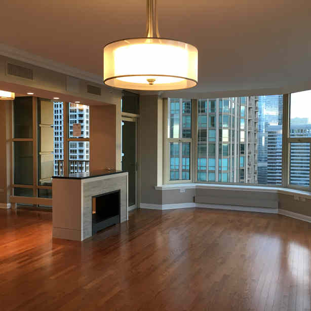 HIGH END RESIDENTIAL (Condo)