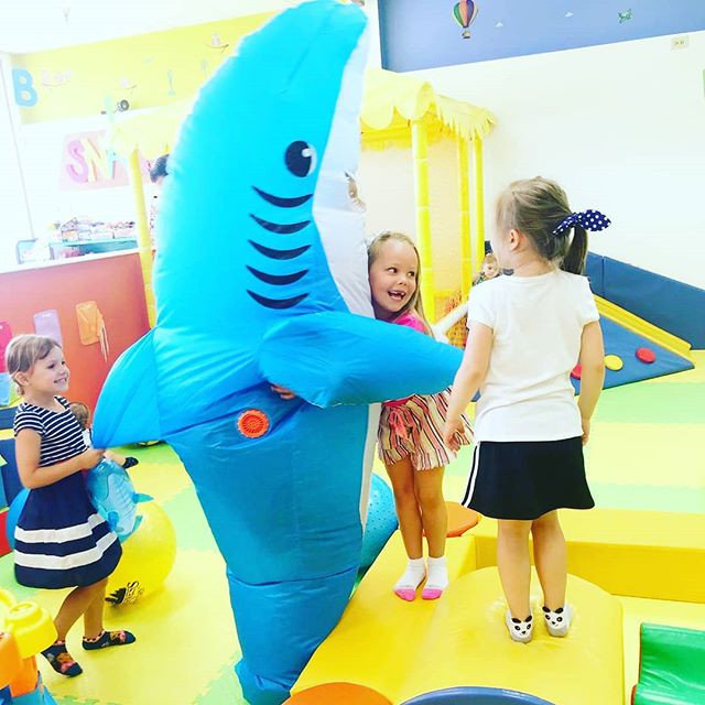🦈 Hugs!__#softplayfun #photooftheday #s