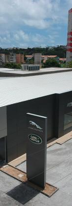 Land Rover Jaguar