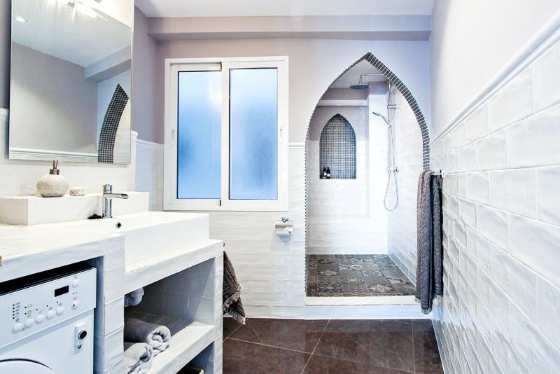 perez-19-bathroom.jpg