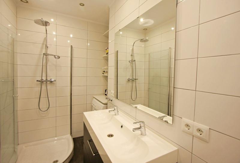 bv8-bathroom.jpg