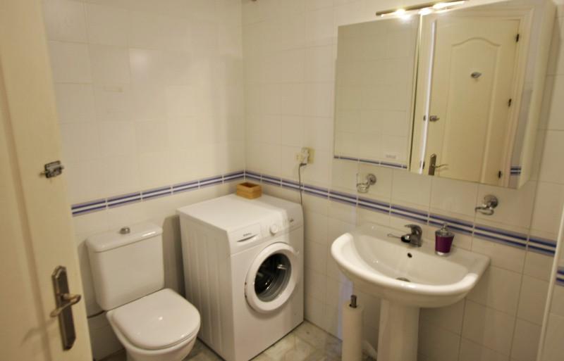 ubeda-16-bathroom.jpg