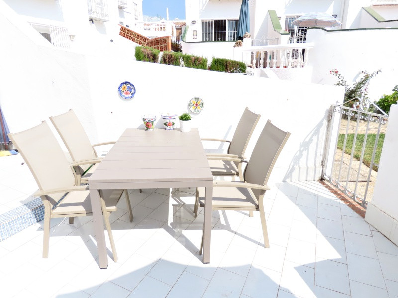 bv10-porch-furnitures.jpg