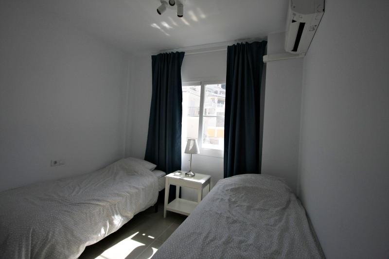 vm-guest-bedroom.jpg