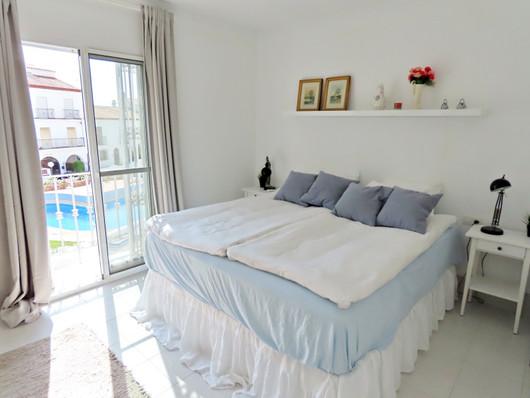 bv10-bedroom-1.jpg