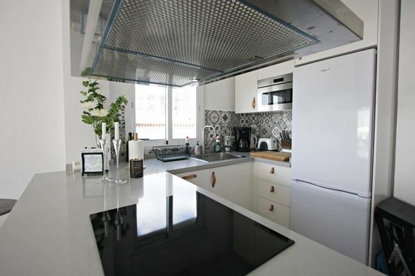 p-66-kitchen.jpg