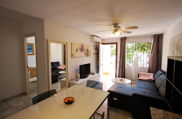 ubeda-16-livingroom.jpg