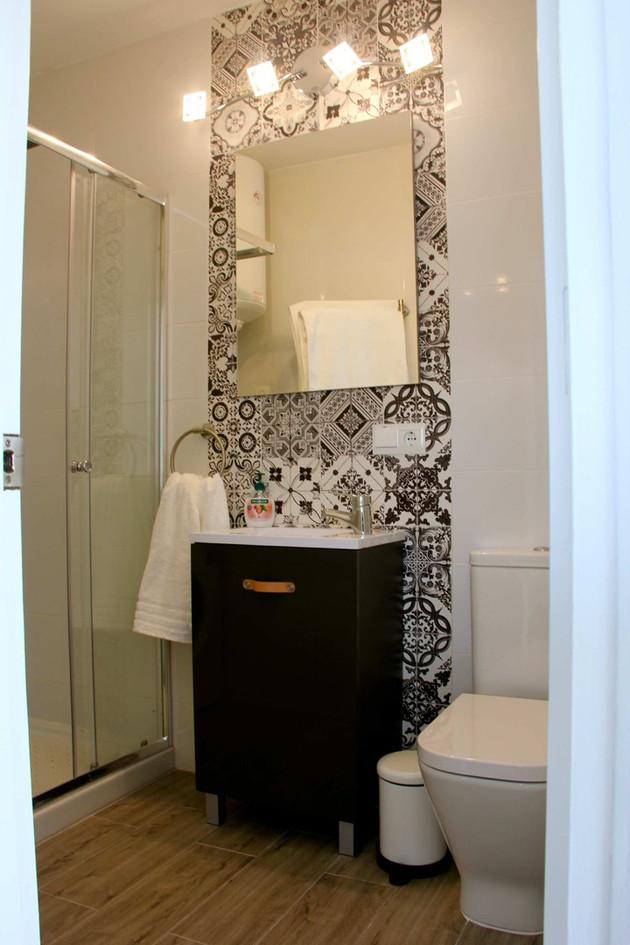 p66-bathroom.jpg
