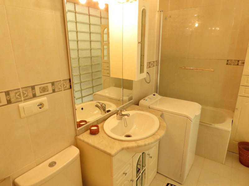 bv10-bathroom-1.jpg