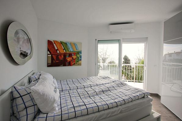 p66-bedroom.jpg