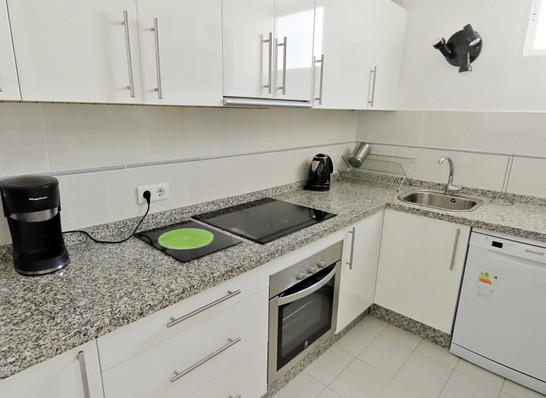bv10-kitchen.jpg