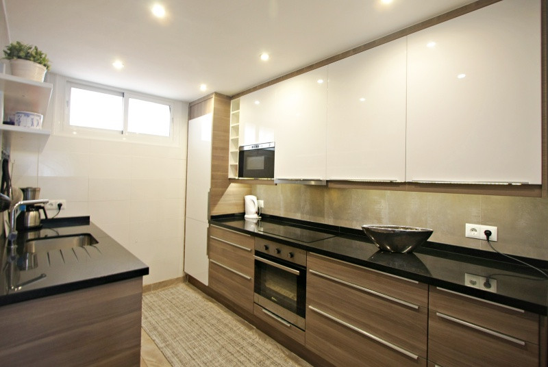 bv8-kitchen.jpg