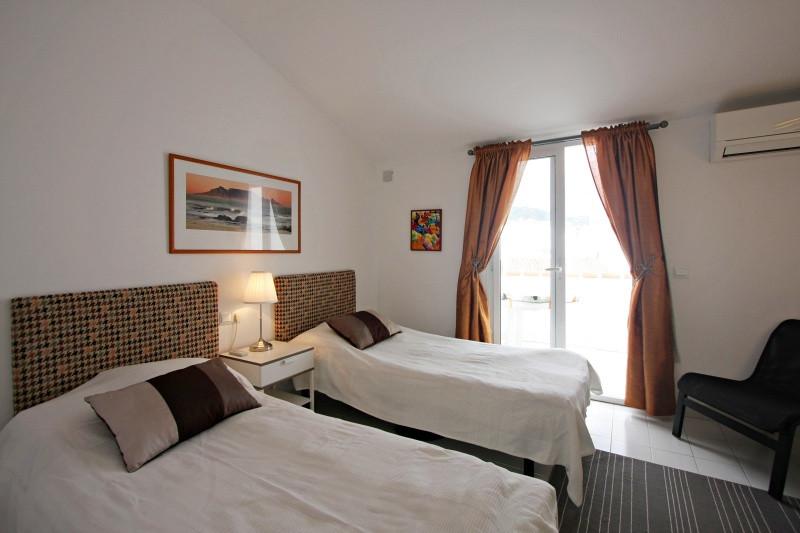 bv8-bedroom-3.jpg