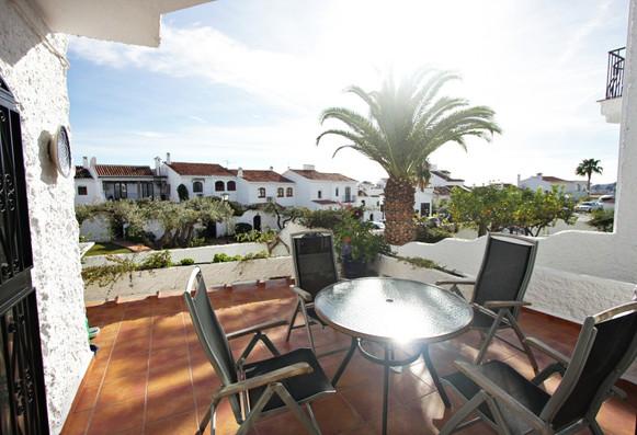 las-lilas-patio-furniture.jpg
