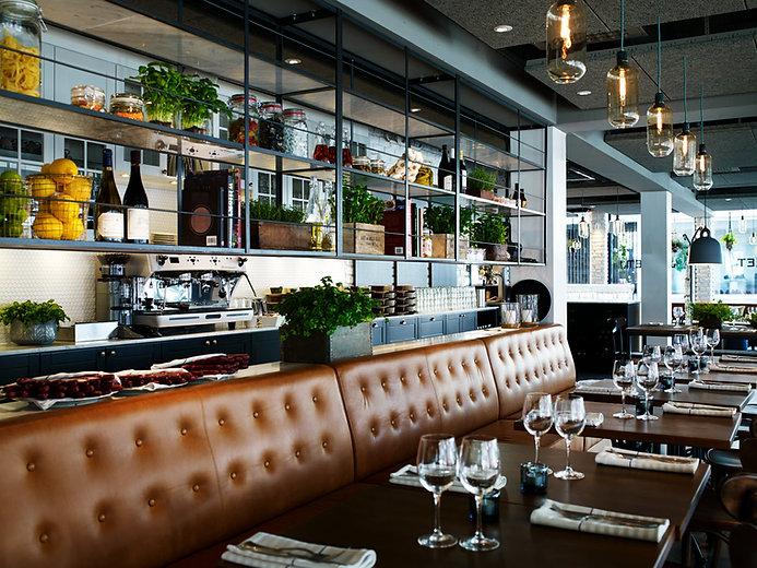 très beau restaurant bien organisé et très chaleureux