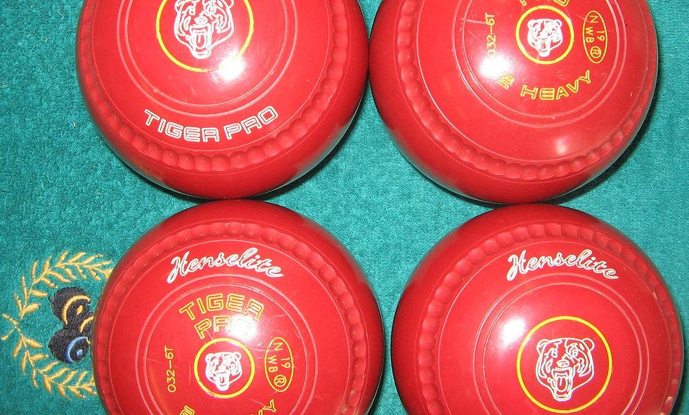 Henselite Tiger Pro bowls - Size 2