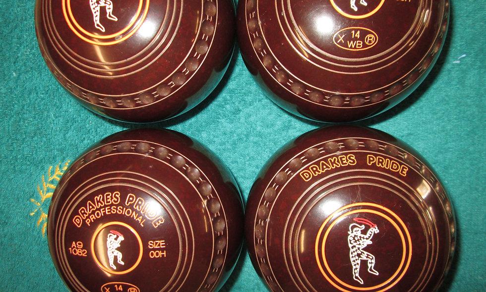 Drakes Pride Professional  bowls - Size 00