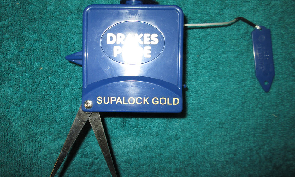 Drakes Pride Supalock Gold Measure approx 9ft c/w Calipers