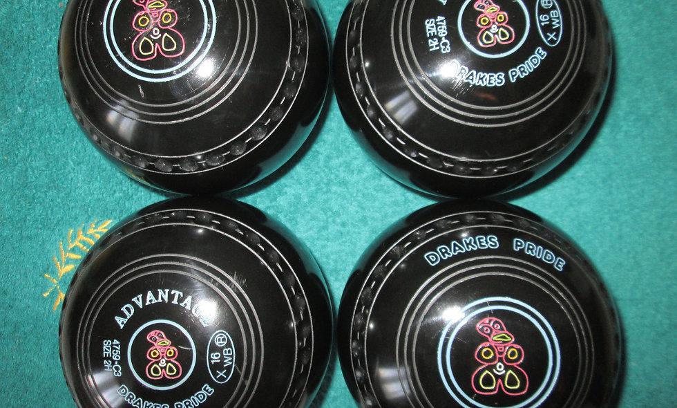 Drakes Pride Advantage bowls - Size 2