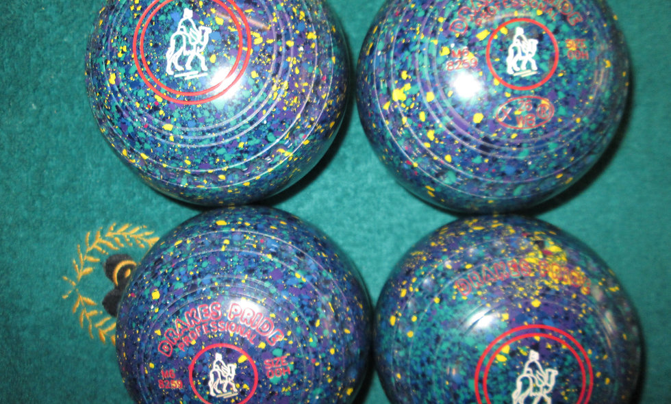 Drakes Pride Professional bowls - Size 00