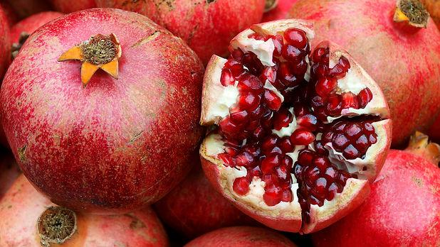 pomegranates 2.jpg