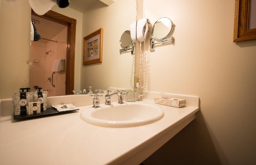 QS Sink.jpg