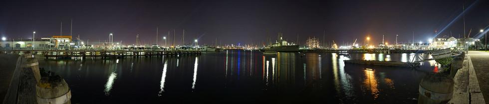 Williamstown at Night