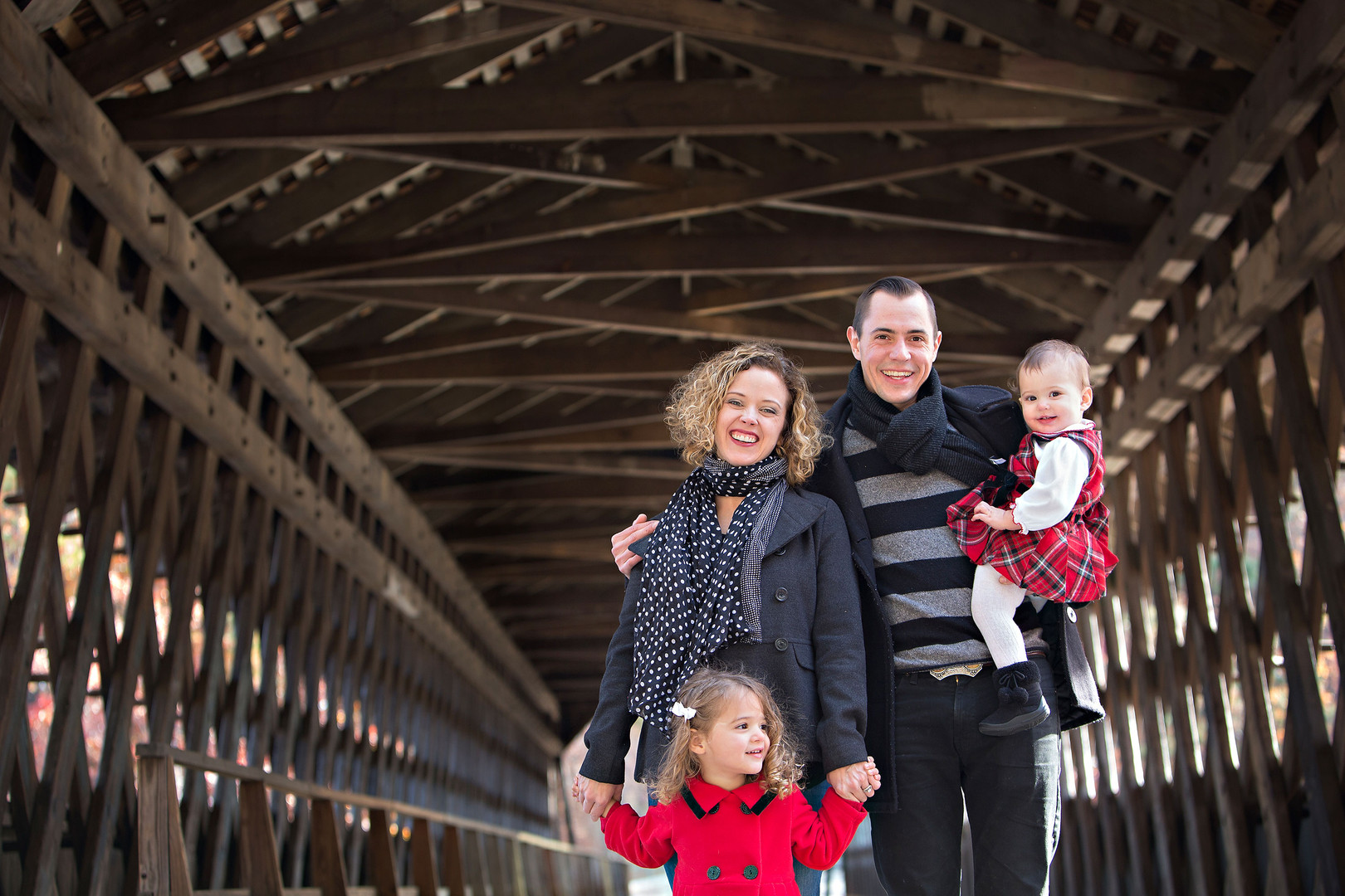 holiday-portrait-covered-bridge.jpg